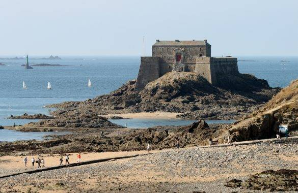 The Fort du Petit Bé in Saint-Malo, Brittany, France - Camping Le Vieux Moulin 4 ****